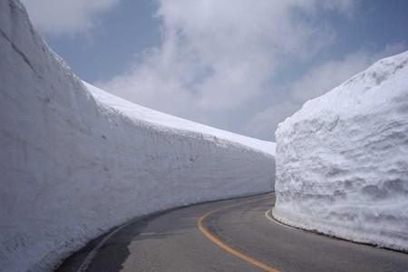 雪の大谷 立山 富山.jpg